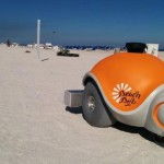 砂浜に絵を描くロボット 「Beachbot」